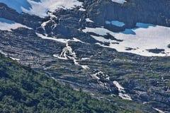 Schöne Wasserfälle in den norwegischen Bergen, Norwegen, Skandinavien stockfotografie