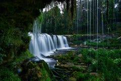 Schöne Wasserfälle in Keila-Joa, Estland lizenzfreie stockfotografie