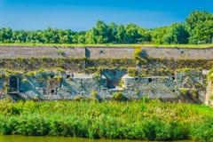 Schöne Wasserlandschaft mit im altem Stil Wand Stockfoto