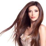 Schöne weiße hübsche Frau mit dem langen geraden Haar Lizenzfreies Stockbild