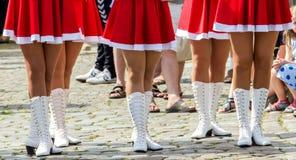 Schöne weibliche dünne Füße der Gruppe Mädchen Lizenzfreie Stockbilder