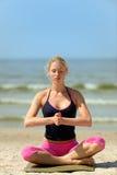 Schöne weibliche Meditation Lizenzfreies Stockfoto