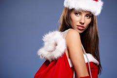 Schöne Weihnachtsfrau Stockbilder