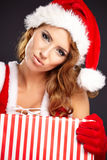 Schöne Weihnachtsfrau Stockbild
