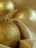 schöne Weihnachtskugeln stockfotos