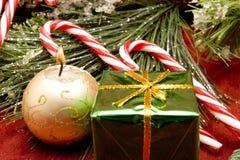 Schöne Weihnachtsverzierungen Lizenzfreie Stockfotos