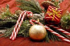 Schöne Weihnachtsverzierungen Stockfotos