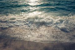 Schöne Wellen im Meer Lizenzfreies Stockfoto