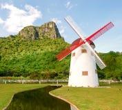 Schöne Windmühle in Thailand Stockbild