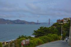 Schöne Wolken des Golden Gate San Francisco-Brücke lizenzfreie stockfotos