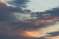 Schöne Wolken im Himmel Stockfoto