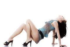 Schöne Yong-Frau im kurzen Kleid Stockbild