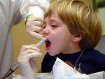 Schöne Zähne lizenzfreies stockbild