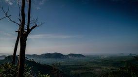 Schöne Zeitspanne genommen vom Hügel in Perlis Malaysia stock video footage