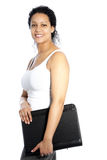 Afroamerikanerfrau, die eine Datei trägt Stockfotos
