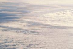 Schöner abstrakter unscharfer Hintergrund des Himmels Ton stockfoto