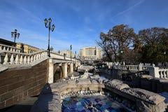 Schöner Alexander Garden nahe dem alten der Kreml-Winter, Moskau, Russland Stockbilder