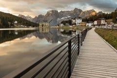 Schöner alpiner See Lizenzfreies Stockfoto