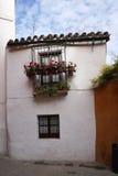 Schöner Altbau in der alten Stadt von Spanien Lizenzfreie Stockbilder
