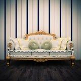 Schöner alter Sofainnenraum Stockbilder