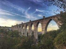 Schöner Aquädukt Stockbild