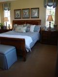 Schöner Bett-Raum Stockfotos