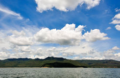 Schöner blauer Himmel Lizenzfreie Stockfotos