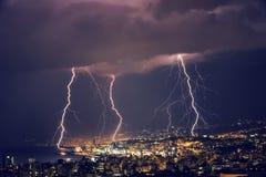 Schöner Blitz nachts Lizenzfreies Stockfoto