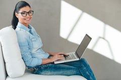 Schöner Blogger Lizenzfreies Stockbild