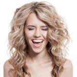 Schöner blonder Mädchen-Schrei Stockfotografie