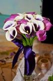 Schöner Blumenstrauß mit Callalilie Stockbild