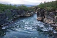 Schöner Fluss, Abisko, Schweden Lizenzfreies Stockfoto