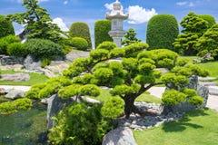 Schöner Garten im Umwelttourismus ist in der Harmonie entworfen Lizenzfreies Stockbild
