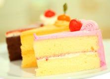 Schöner geschmackvoller Schokoladenkuchenabschluß oben Stockbild