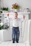 Schöner glücklicher blonder Junge Lizenzfreies Stockfoto