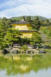 Schöner goldener Tempel lizenzfreies stockfoto