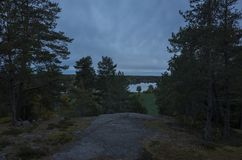 Schöner Herbstdämmerungsabend in Schweden Skandinavien stockfotos