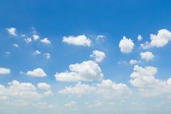 Schöner Himmel mit Wolken Lizenzfreies Stockfoto