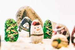 Schöner Hintergrund der frohen Weihnachten und des guten Rutsch ins Neue Jahr auf weißem Hintergrund Stockfoto