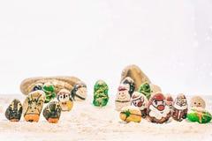 Schöner Hintergrund der frohen Weihnachten und des guten Rutsch ins Neue Jahr auf weißem Hintergrund Stockfotos