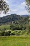 Schöner Hintergrund mit einem Blick von toskanischen Hügeln Stockbilder