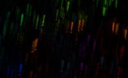 Schöner Hintergrund mit unterschiedlichem farbigem Ausrufezeichen, AB Stockbilder