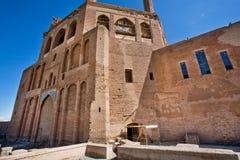 Schöner hoher Backsteinbau des alter Tempel Mausoleums von Oljeitu, der Iran Stockbilder