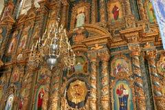 Schöner Iconostasis in der Kirche Stockbild