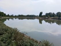 Schöner Jehlum-Fluss Lizenzfreies Stockfoto