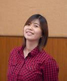 Schöner junger Asiat - Chinesin-Lächeln Lizenzfreie Stockbilder