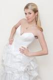 Schöner junger blonder Brautmodeblick Lizenzfreie Stockfotos