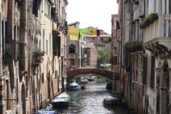 Schöner kleiner Kanal Lizenzfreies Stockfoto