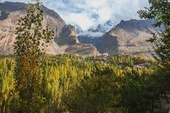 Schöner Landschaftspanoramablick in Hunza-Tal Karimabad, Gilgit Baltistan, Pakistan stockbilder