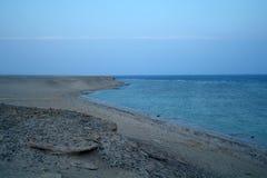 Schöner Meerblick Meer und Felsen in dem Sonnenuntergang Roten Meer, Ägypten stockbild